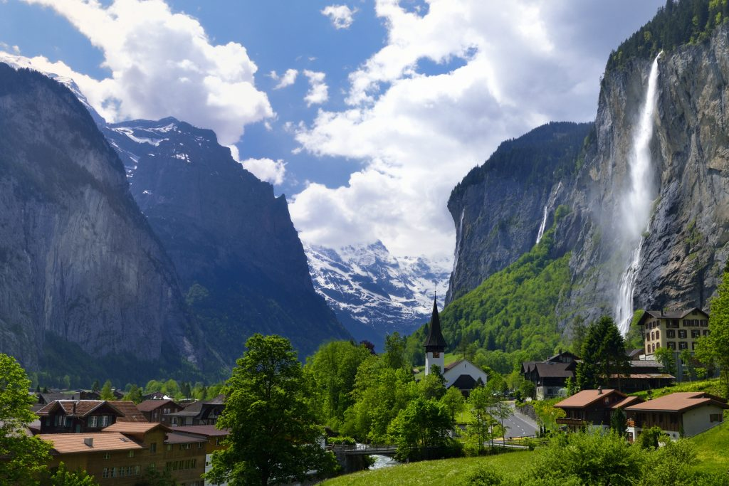 Lauterbrunnen, Switzerland | Image via World For Travel