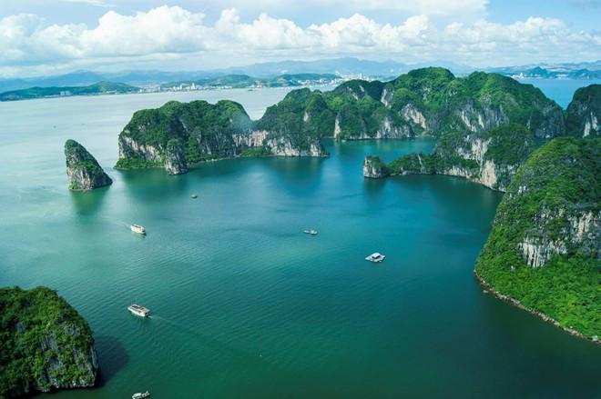 Ha Long Bay, Vietnam | Image via Vietnamtourism.gov
