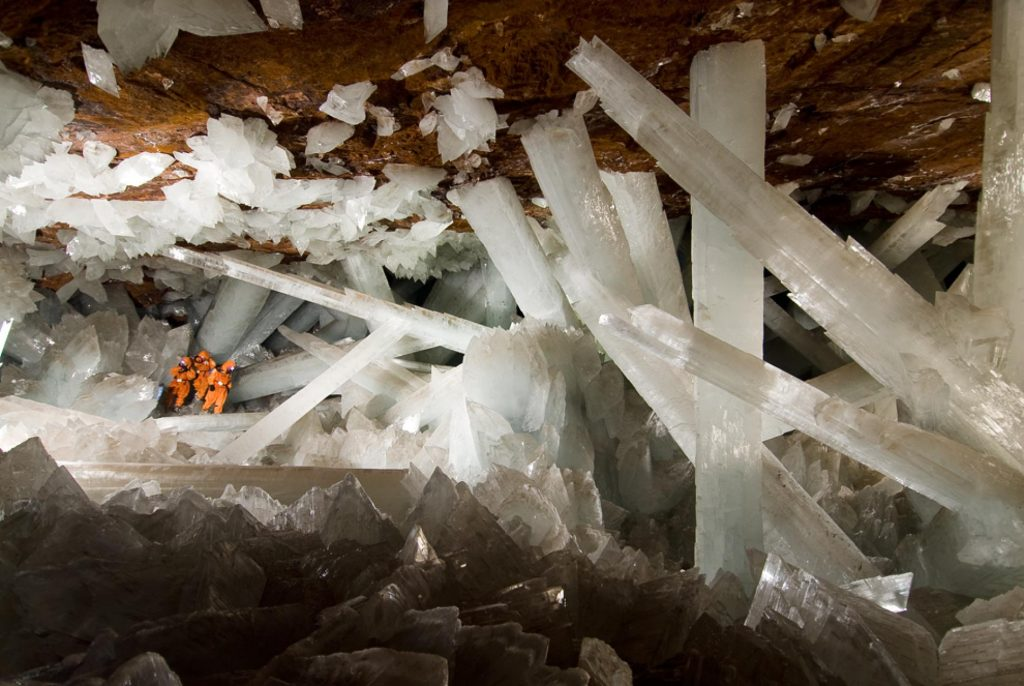 Cueva de Los Cristales, México | Image via National Geographic