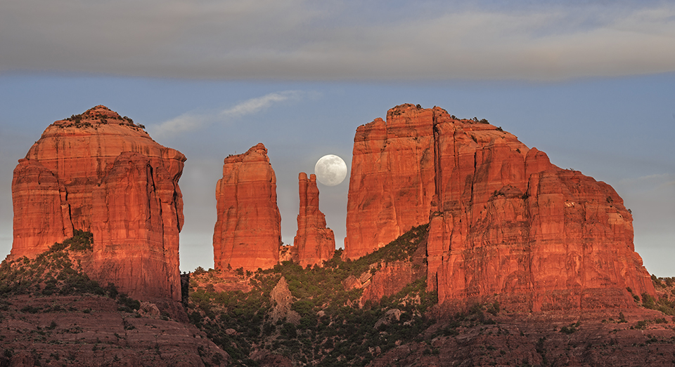 Sedona Moon | Loree Johnson